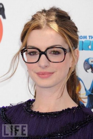 ... wearing glasses photos beautiful hollywood celebrities wearing glasses