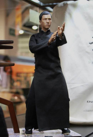 Re: Enterbay - Donnie Yen Ip Man - Specs & pics