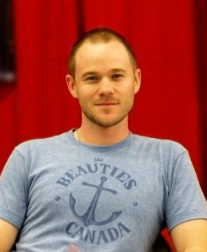 AARON ASHMORE of Smallville & Warehouse 13 at Montreal Comiccon ...