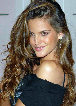 hair Izabel_Goulart