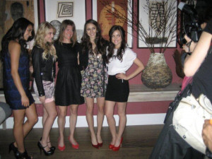 Sara Shepard and the Pretty Little Liars cast in NYC