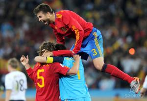 Carles Puyol And Miroslav