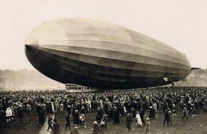 ... la primera nave dirigible de la serie Graf Zeppelin (Conde Zeppelin
