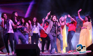 Kailash Kher's concert titled Aman Tu Mera Hero was held at Thyagraj ...