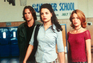 barry_watson_katie_holmes_marisa_coughlan_teaching_mrs_tingle_001.jpg