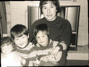 Rowling with her Older Sister and Mother, Cutie Pies
