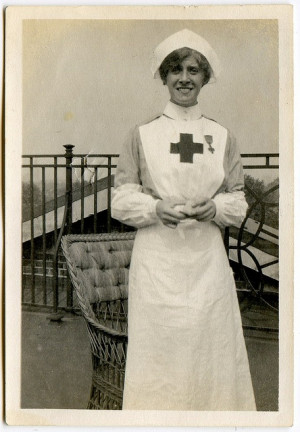 WW1? nurse Via unexpectedtales' Flickr Nursing Uniforms Wwi, Red ...