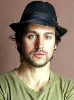 Brief about Raine Maida: By info that we know Raine Maida was born at ...