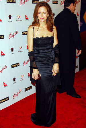 Kelly Preston Wallpapers...