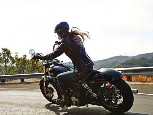 Women Riding Motorcycles Harley Davidson