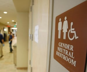 latest_white_house_feature_genderneutral_restroom_1361983109.jpg ...