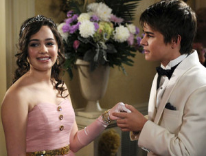 Frenemies Mary Mouser And