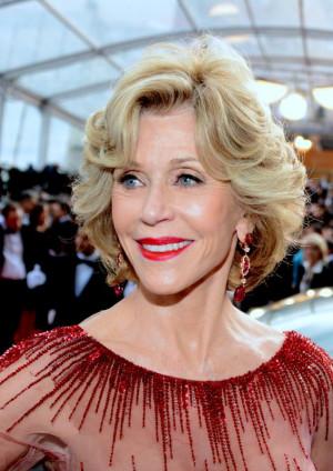 Jane Fonda está sempre vestida como uma diva em suas aparições em ...