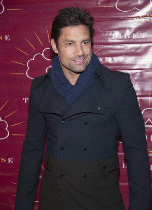 Manu Bennett Pictures amp Photos