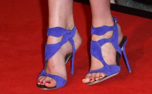 http://pics.wikifeet.com/Lily-Cole-Feet-117152.jpg