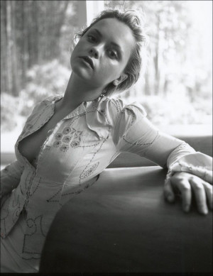 christina ricci - she has a big forehead like me! Learning to love my ...