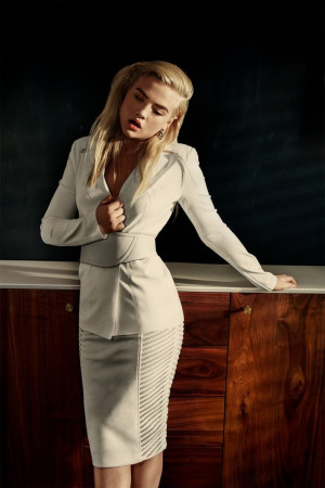 Maddie Hasson3 Twisted Star Maddie Hasson Gets Sultry for Brian Higbee ...