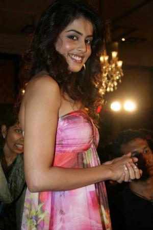Genelia D'Souza Cool Pictures