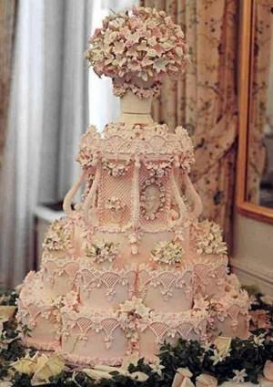 Classic Vintage Wedding Cake Design