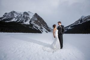 Crisp Chateau Lake Louise Winter Wedding | Sweet Occasions