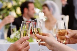15 Best Wedding Toast Quotes Worth Duplicating