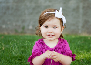 staci_zohlen_photography_outdoor_one_year_old_bright_eyes