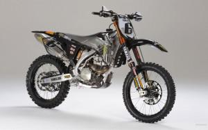 Yamaha 450 Dirt Bike