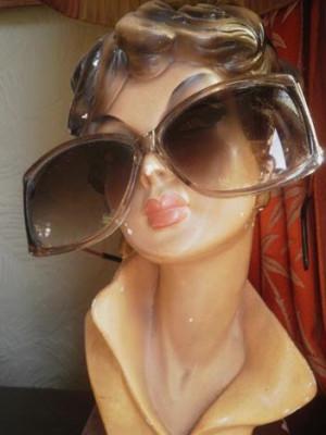 Men seldom make passes at girls who wear glasses - Dorothy Parker
