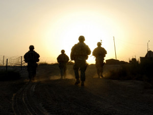sunset-soldiers-military-military-backgrounds-military-soldiers-sunset ...