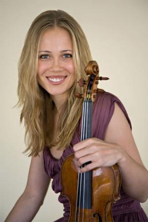 Leila Josefowicz performed a recital with pianist John Novacek ...