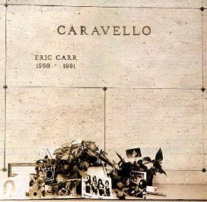 Eric-Caravello-R-I-P-eric-carr-23398064-365-357.jpg
