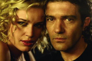 Still of Antonio Banderas and Rebecca Romijn in Femme Fatale (2002)