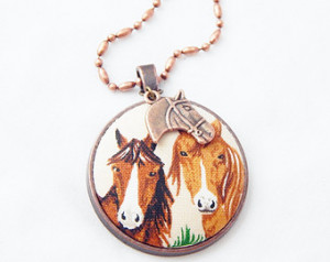 Beautiful Vintage Horses Large Fabr ic Covered Button Necklace with ...