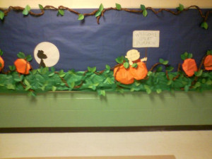 Welcome Great Pumpkin! - Snoopy Themed Halloween Bulletin Board