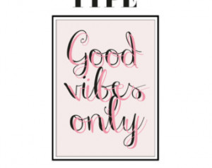 Good Vibes Only - Colourful Typography - Inspirational Quote - Love -