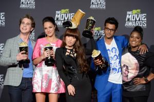 2013+MTV+Movie+Awards+Press+Room+rpOcWhl5PCpx.jpg