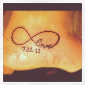 3D-hebrew-phrases-tattoo-ideas