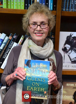 lee-smith-lee-smith-book-signing_3949642.jpg