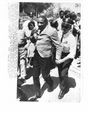 10 Throwback Photos Of Dick Gregory That Remind Us Of The Protest In ...