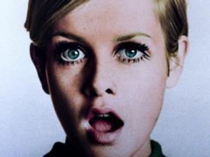twiggy i want your eyelashes.