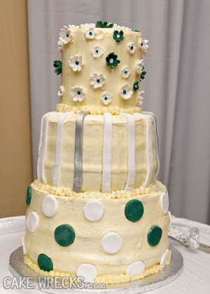 wedding cake wrecks random internet photo wedding cake wrecks