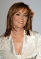 Laura Innes's Profile