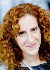 Gayle Forman, giornalista freelance, si occupa da sempre di giovani e ...