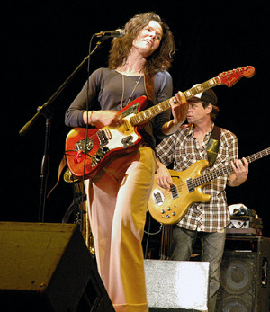 Edie Brickell and New