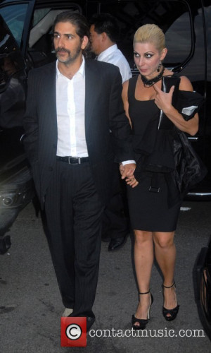 Michael Imperioli Wife Picture - michael imperioli