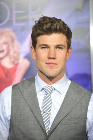 Austin Stowell Pictures & Photos