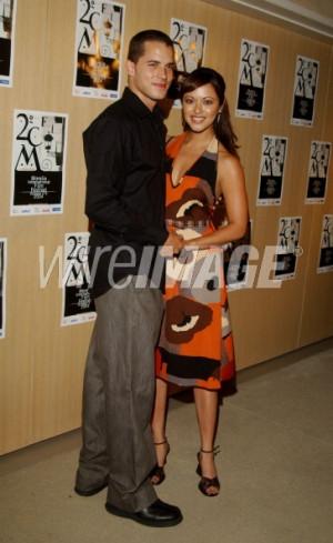 Marisa Ramirez (right) and husband Nathan Lavezoli (Photo by Amy ...