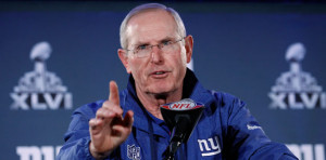Coach Tom Coughlin, Offensive coordinator Kevin Gilbride and defensive ...