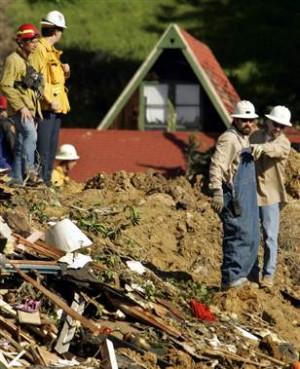 Search for survivors at landslide in La Conchita