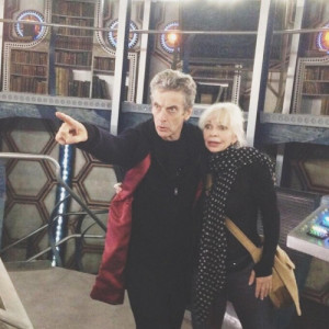 How cute are Peter Capaldi and Katy manning? #petercapaldi # ...